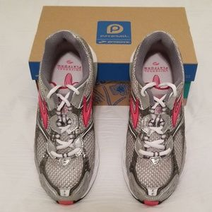 NWT Brooks Switch 4 Women's Shoes